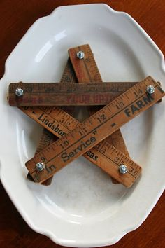 Mamie Jane's: Seeing Stars    I hope I can remember where Daddy's old measuring tape has gone.