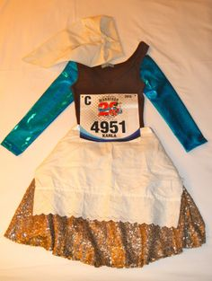 Learn how to make convincing and comfortable Cinderella in Rags and Jacques the Mouse running costumes for any Disney race. Get your running skirt ready!