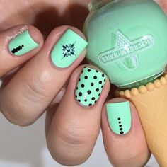 Mint green & black mani, Dots #dotticure nail art using  @iscreamnails Of Course Apple Sauce  @pipedreampolish atrament @shopkeeki water decal @glistenandglow1 HK Girl tutorial up next Get the @iscreamnails polish now from @live.love.polish at the affiliate link in my bio! #prsample #livelovepolish #iscreamnails #dotticure #shopkeeki #sponsored