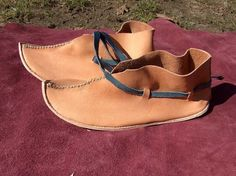 Small Things: Shoe-making, part 1