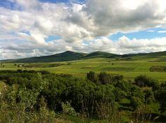 """Le """"vie verdi"""" vanno percorse a ritmo lento, a piedi, in bicicletta o a cavallo nel rispetto della natura."""