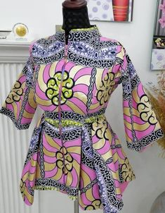 African Dresses For Kids, Latest African Fashion Dresses, African Print Fashion, Nigerian Fashion Designers, African Blouses, Blouse Styles, Dress Neck Designs, Aichi, Ankara Tops