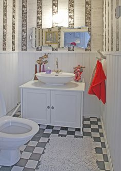 kuva 50 Style, Bathroom Inspiration, Vanity, Koti, Bath Room, Ideas, Shabby Chic, Dressing Tables, Washroom