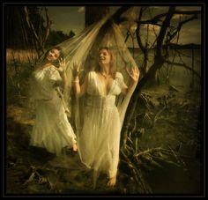 Samodivi - Slavic fairies (www.mysticalemona.com)