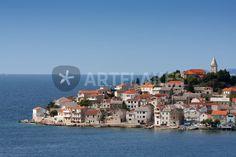 """ocean view"" von Bernd Hoyen #fotografie #photography #fotokunst #photoart #stadt #städte #city #cities #panorama #skyline #ozean #ozeane #ocean #oceans #blau #blue #urban #stadtlandschaft #stadtlandschaften #cityscape #cityscapes #kroatien #croatia #dalmatien #dalmatia #primosten"