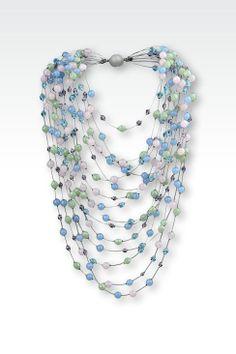 http://www.armani.com/es/giorgioarmani/necklace_cod50152979os.html