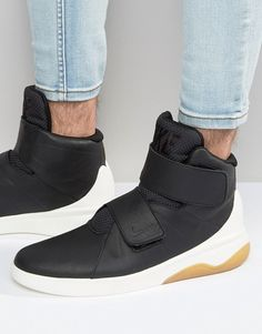 Nike MarxMan, Macho Moda - Blog de Moda Masculina: 6 Calçados Masculinos em alta pro Verão 2017, Sneaker sem Cadarço, Nike Cano alto, Moda para Homens, Nike com Velcro,