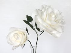 2 Giant Paper Flowers Set of 2 Large White от PaperGardenGallery