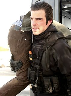 """Heroes """"Building 26"""" - Zachary Quinto as Sylar"""