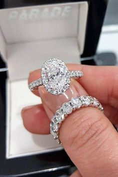 39 Stunning Bridal Sets That Will Conquer Her Heart ❤ bridal sets oval cut diamond halo white gold pave band Popular Engagement Rings, Designer Engagement Rings, Rose Gold Engagement Ring, Diamond Wedding Bands, Halo Engagement, Bridal Ring Sets, Bridal Rings, Wedding Jewelry, Wedding Rings