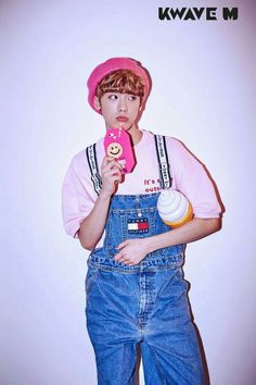 Don't be sad sanha I'll give u lots of love😂❤❤❤ Astro Wallpaper, Astro Fandom Name, Sanha, Star Magazine, Pre Debut, Cha Eun Woo, Poses, Looks Cool, Rapper