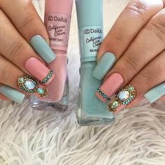 Perhaps you have discovered your nails lack of some modern nail art? Sure, recently, many girls personalize their nails with lovely … Gel Uv Nails, Sns Nails Colors, Nail Polish Colors, Acrylic Nails, Beautiful Nail Art, Gorgeous Nails, Cute Nails, Pretty Nails, Modern Nails
