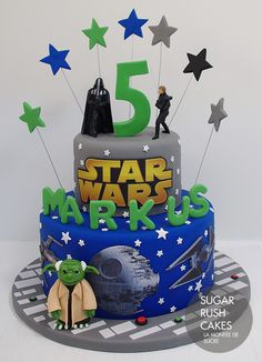The best birthday cakes in Montreal and Laval for kids and adults. We take the birthday cake a step further and personalize it just for you! Birthday Boys, Star Wars Birthday, Birthday Parties, Cake Pics, Cake Pictures, Custom Birthday Cakes, Cool Birthday Cakes, Star Wars Cake, Star Wars Party
