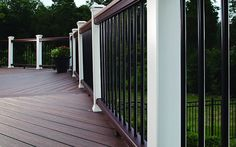 Trex Post Components - Outdoor Stairs Railing for Any Patio - Trex Trex Railing, Outdoor Stair Railing, Stair Railing Design, Vintage Lanterns, Landscape Materials, Covered Decks, Exterior Paint, Spiced Rum, Decking
