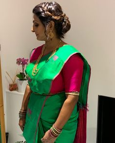 Beautiful Mayora💚 on her cousins wedding day Green Saree, Private Parts, Bun Hairstyles, Cousins, Hair Cuts, Wedding Day, Sari, Bridal, Hair Styles