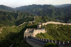 Lonely Planet's 30 top must-see destinations Great wall China