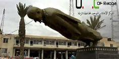 05.03.13 / Les rebelles syriens prennent le contrôle de la ville de Raqqa, dans le nord du pays / Une statue d'Hafez Al-Assad, père de l'actuel président syrien, est mise à terre par les rebelles qui se sont emparés, lundi 4 mars, de la ville de Raqqa, dans le nord du pays. | Reuters
