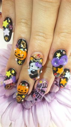 Now This is the cutest Halloween Hello Kitty Nail Art I have seen so far, what do you think? Would you want to be Hello Kitty for Halloween? 3d Nail Art, Kawaii Nail Art, Nail Nail, Nail Polish, Nail Glue, Red Nail, Nail Tech, Halloween Nail Designs, Halloween Nail Art