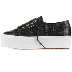 € 99,00 - 2790-COCCOFGLW - The #Superga brand and the fashion blogger of The Blonde Salad, Chiara Ferragni, in co-branding present for fall/winter the original 2790 model with platform made in cocco printed leather. A elegant and fashion shoe for women, result of the two Italian brands' creativity, with upper in full grain leather printed cocco, cotton lining, wedge 4 cm height and vulcanized natural rubber outsole. Available in black colour.