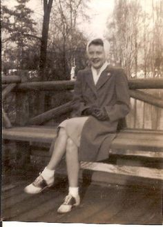 vintage casual. #1940s #vintage #autumn