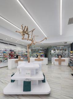 Destudio | Farmacia Sanchis Riba Roja