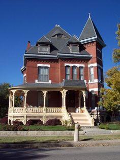 "House with an ""eye"" in Wichita, Kansas."