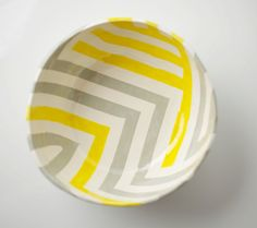grey & yellow zag bowl by upintheairsomewhere #upintheairsomewhere #etsy #zigzag