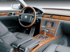 Volkswagen-Phaeton_V10_TDI_2003 Volkswagen Phaeton, Vw, My Dream Car, Dream Cars, Classic European Cars, Top Cars, Dashboards, Transportation, Automobile