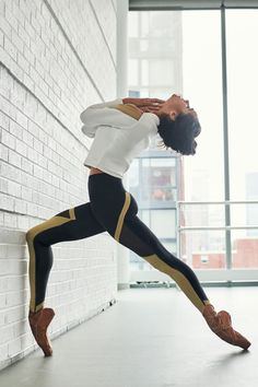 Break a Sweat in Misty Copeland's New Under Armour Collection For Uncontainable Women Dancers Among Us, Body Painting, Under Armour Team, Alvin Ailey, Ballet Dance Photography, Paris Opera Ballet, Misty Copeland, Tribal Belly Dance, Salsa Dancing