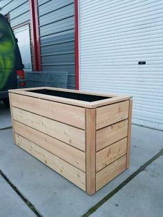 Patio Plan, Pool Deck Plans, Pallet Planter Box, Planter Boxes, Deck Enclosures, Patio Diy, Outdoor Landscaping, Atrium, Garden Planters