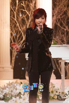 #Minjas. I absolutely love Minzy with red hair.