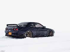 Nissan Skyline R32.
