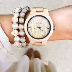 Obsessed with this maple Jord watch!