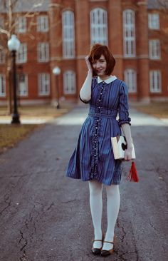 The Twisting Schoolgirl (A Clothes Horse) Cute Fashion, Modest Fashion, Retro Fashion, Vintage Fashion, Fashion Outfits, Fashion Clothes, I Dress, Dress Outfits, Fall Outfits