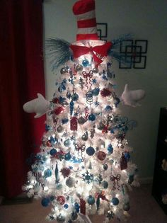White Christmas Tree Decorations Ideas Christmas is such a gorgeous season of all smiles and beauty around. When Christmas is around the corner, people usually have a lot of an excitement and enthu… White Christmas Tree Decorations, Creative Christmas Trees, Christmas Trees For Kids, Holiday Tree, Christmas Themes, Christmas Holidays, Christmas Crafts, Grinch Christmas, Holiday Ideas