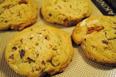 Passionate Perseverance: cookie extravaganza ~ day 5 ~ chock full of nuts cookies