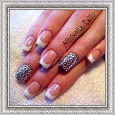 Gottta thing for sparkles n french nails ♥