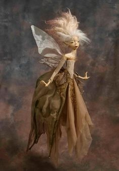 Wendy Froud has created a collection of new Faerie sculptures for her first exhibition in France