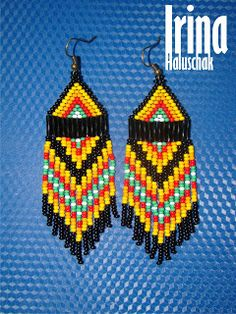 seed bead earring, art, craft. handmade, DIY, beadwork, red, green, yellow, black, orange, white, Ukraine, http://irina-haluschak.blogspot.com/