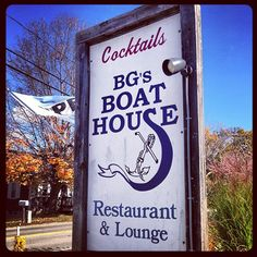 BG's Boathouse Restaurant, Portsmouth, NH - BG's Boat House Restaurant in was founded in 1978. This family owned restaurant takes  great pride in preparing the freshest lobster, fish and seafood for locals and visitors alike. The secret to their success is not only their location and great food, but also the warm and friendly atmosphere! It's what keeps their staff and customers coming back year after year.
