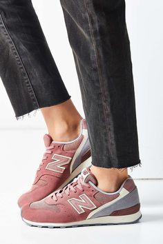 New Balance 696 Winter Seaside Running Sneaker - Urban Outfitters