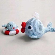 Amigurumi Crochet Pattern Whales Set by pepika on Etsy Crochet Whale, Crochet Octopus, Crochet Animals, Crochet Baby, Mobiles En Crochet, Crochet Mobile, Crochet Crafts, Crochet Dolls, Amigurumi Doll