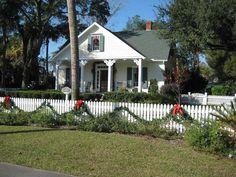 OldHouses.com - Victorian: Folk - Adorable Restored 1880's Cottage in Saint Marys, Georgia
