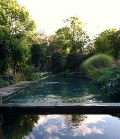 A Secret Garden: Spring Comes to Connecticut Gardenista