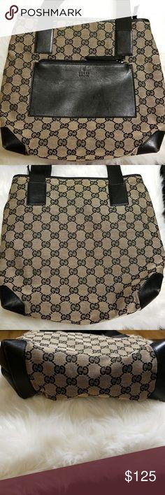 Re-posh Gucci purse Re-posh Gucci purse.  Too small for me.  Some wear. Gucci Bags Shoulder Bags