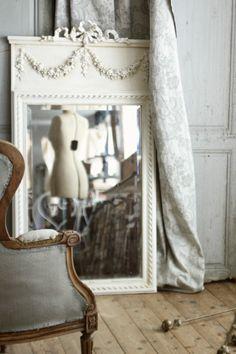 アンティークウォールミラー  フランス ルイ16世様式  リボン薔薇花綱ローズフェストゥーン エイジングペイント  壁掛け鏡