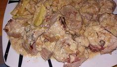 SOLOMILLO RELLENO DE BACON ,QUESO Y JAMON FUSSIONCOOK: Un solomillo abierto. Rellenar con bacon, queso y jamon y se enrolla, (usar palillos). Sofreír en la olla  con un poco de aceite. Sal y pimienta. Voltear  para que se haga por todos lados  Añadir cebollita picada y una vez  dorada,  vino blanco hasta que se reduzca. Después un  brick  de nata para cocinar y cerrar la tapa, menú carne 15 minutos.  Saca el solomillo y córtalo con las tijeras y sacar los palillos.Echar la salsa por encima
