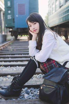 School Uniform Fashion, School Uniform Girls, Girls Uniforms, Cute Asian Girls, Cute Girls, Selfies, Korea, School Looks, Kawaii
