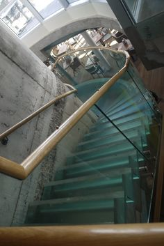 jd weatherspoons cardiff bay glass staircase bespoke glass staircase