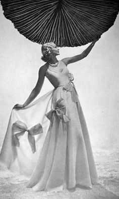 Lelong Dress - 1930's  - Vogue - Photo by Andre Durst - @~ Mlle